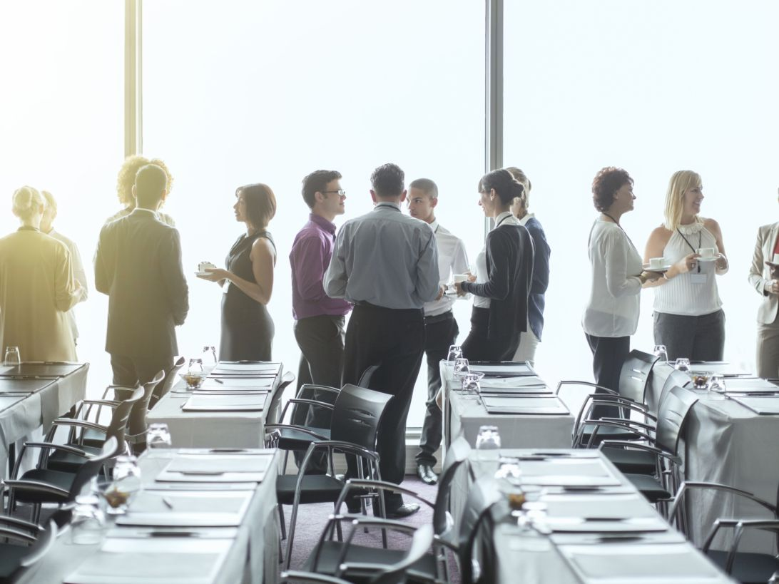 TIPS ON HIRING CORPORATE EVENT PLANNERS